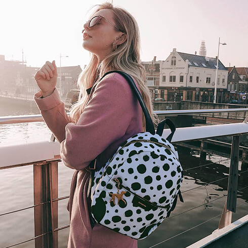 A collection especially designed for her  our fashionable and feminine   DisneyForeverDalmatians.  InternationalWomensDay 1a43f764500d9