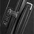Infällda bärhandtag och TSA Lock® samt greppvänliga ergonomiskt utformade draghandtag.